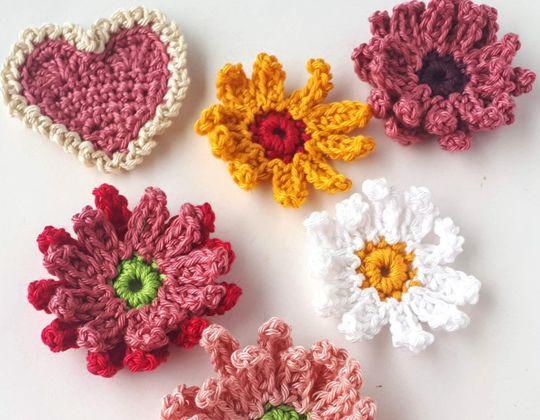 Crochet Gerbera Flowers Free Pattern