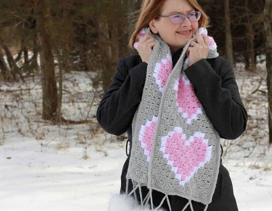 Crochet Heart C2C Scarf Free Pattern