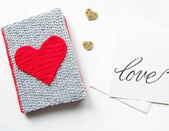 Crochet DIY VALENTINES CROCHET NOTEBOOK SWEATER Free Pattern
