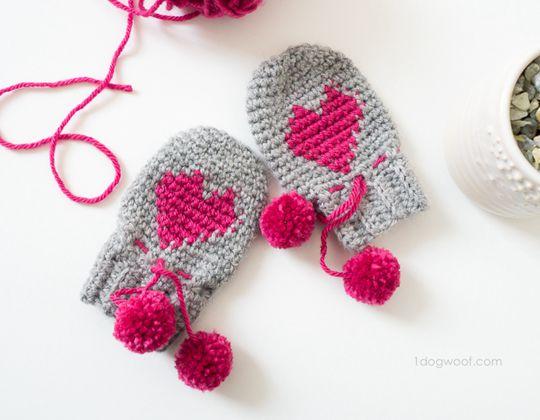 Crochet BABY HEART MITTENS Free Pattern