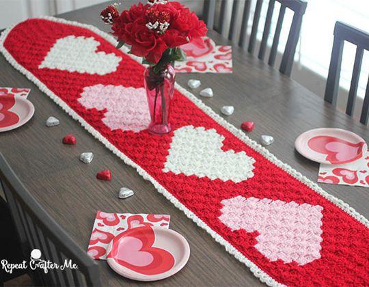 Crochet C2C Valentine's Heart Table Runner Free Pattern