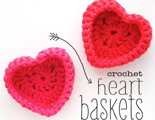 Crochet HEART SHAPED STORAGE BASKETS Free Pattern