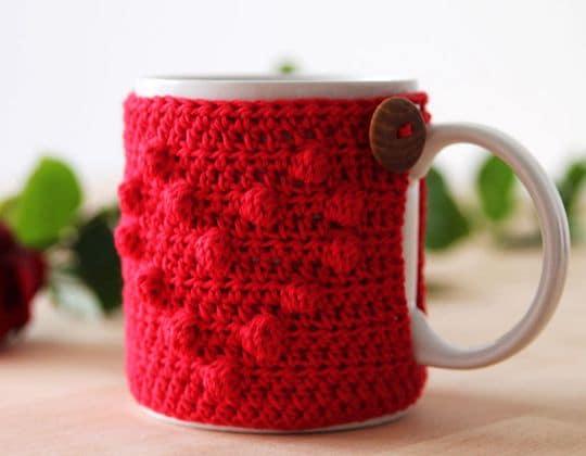 Crochet I heart u mug cozy Free Pattern