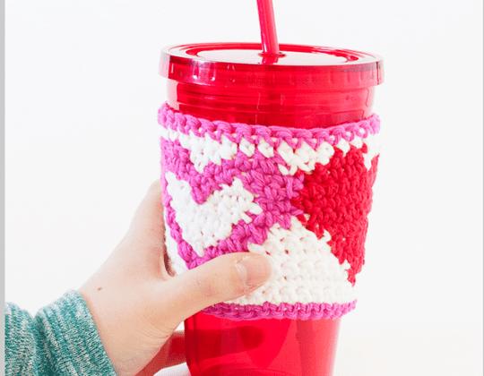 Crochet TAPESTRY HEART CUP COZY Free Pattern