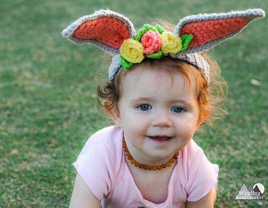 Crochet Bunny Ears Headband with Flowers free pattern