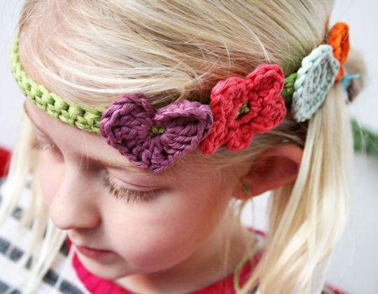 Crochet Lovely Hairband free pattern