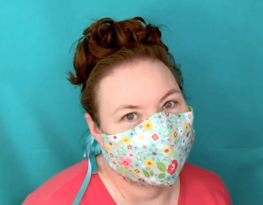 Cricut Face Mask free sewing pattern