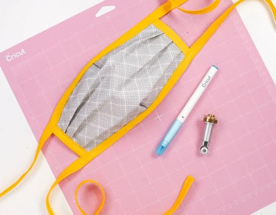 Cricut N95 Mask Cover free sewing pattern