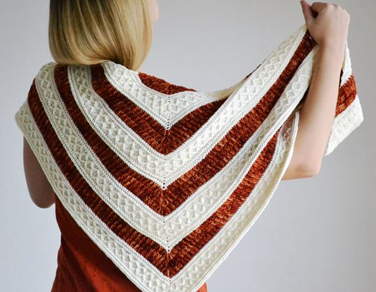 Crochet Mindfulness Shawl free pattern