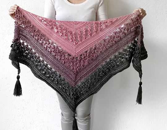 Crochet Vela Flower Friend Shawl free pattern