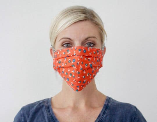 FABRIC FACE MASK WITH TIES free sewing pattern