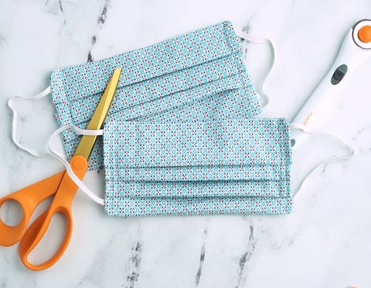Surgical Face Masks for Hospitals free sewing pattern