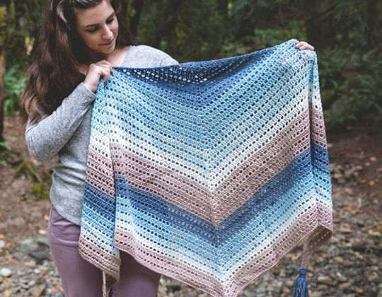 Crochet Beginner Fade Shawl free pattern