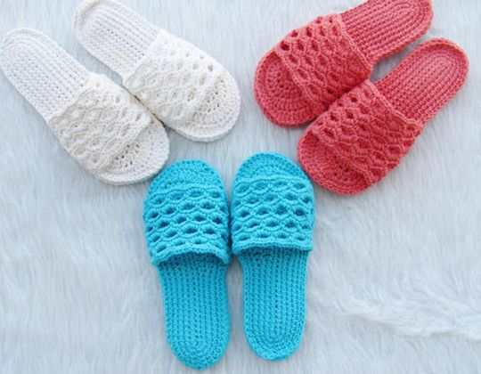 Crochet Spring Slippers free pattern