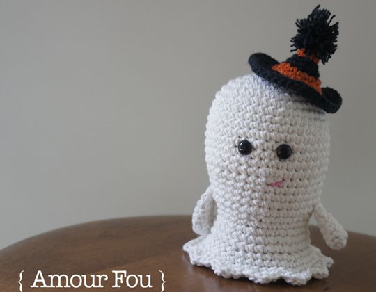 Crochet Boo the Ghost free pattern - Crochet Pattern for Halloween