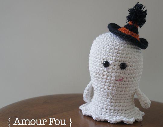 Crochet Boo the Ghost free pattern - Crochet Pattern for Halloween