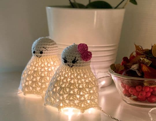 Crochet Holly and Casper free pattern - Crochet Pattern for Halloween