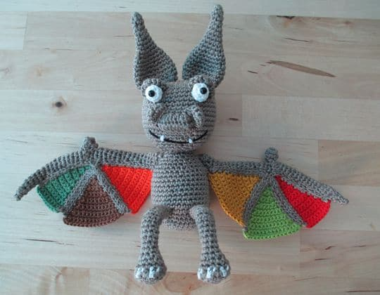 Crochet Mystery Bat free pattern - Crochet Pattern for Halloween