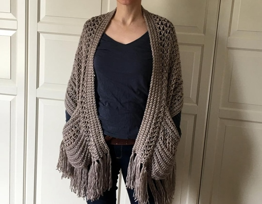 Crochet Perfect-Pockets Shawl easy pattern - Crochet Pattern for Pocket Shawls