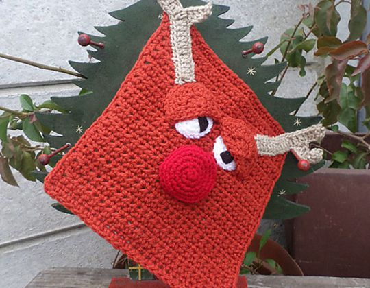 Crochet Rudolph the Reindeer Dishcloth free pattern - Crochet Pattern for Dishcloth
