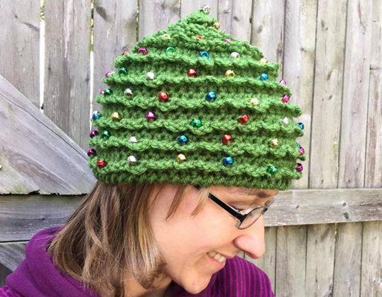 Crochet Christmas Tree Hat easy pattern - Crochet Pattern for Christmas Beanie