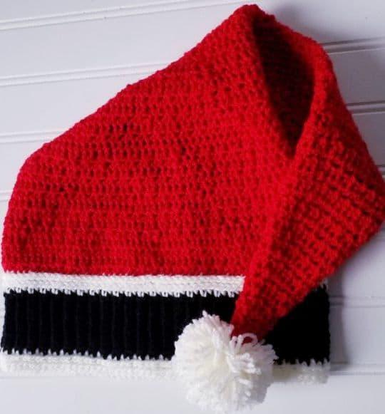 Crochet Secret Santa Hat free pattern - Crochet Pattern for Christmas Beanie